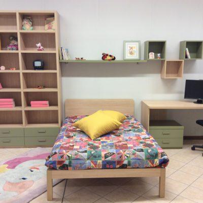 Cameretta-libreria-letto-120-verde-faggio-comodino-scrivania-torino-polonghera-cuneo-