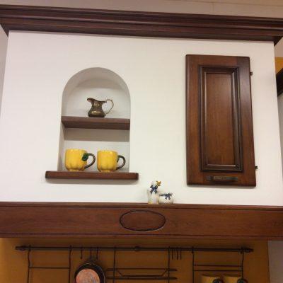 Cucina-classica-angolo-muratura-noce-massello-nazionale-artigianale (3)