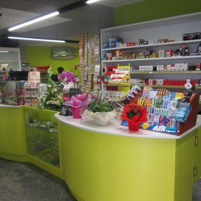arredamenti su misura per negozi (8)