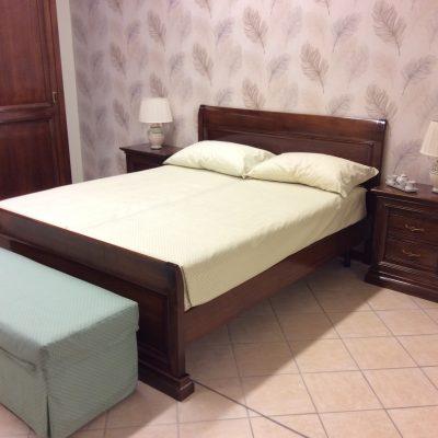 camera-matrimoniale-completa-noce-legno-classica (1)