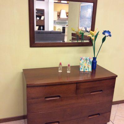 camera-moderna-legno-massello-noce-artigianale (6)