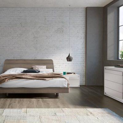 camere-moderne-design-legno-laminato-armadi-battente-scorrevole-letto-pannello-imbottito (1)