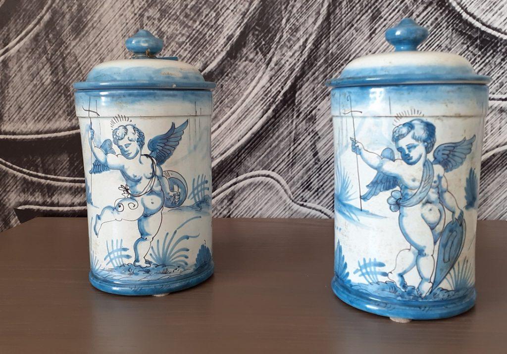 Barattolo ceramica decorato a mano