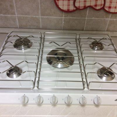 cucina-dritta-lineare-artigianale-noce-intarsiata-legno (6)
