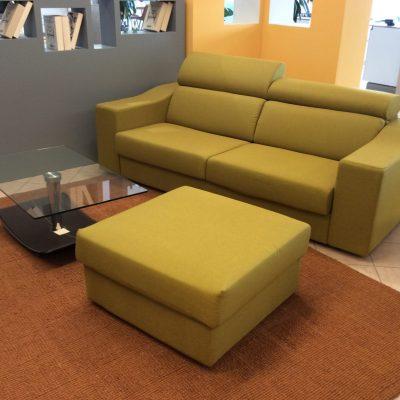 divano-moderno-verde-relax-movimento-manuale-poggiatesta-reclinabile (2)