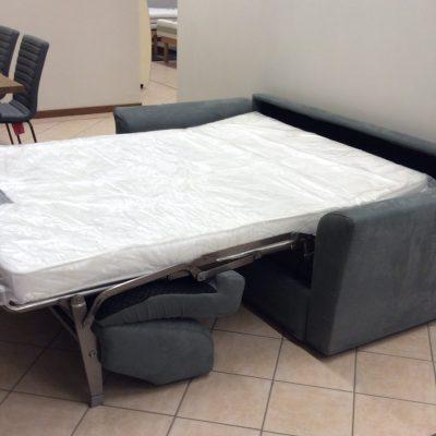divano-trasformabile-letto-cuscini (1)