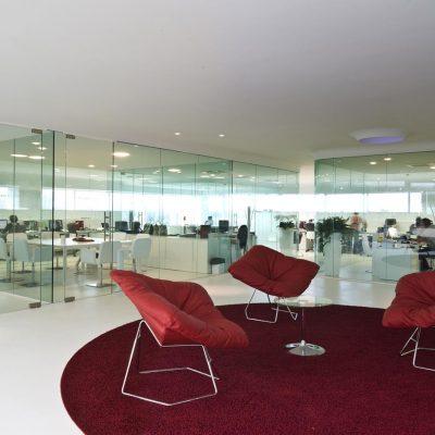 midj-azienda-tavoli-sedie-pelle-cuoio-made-in-italy-moderne-design-designer-cuneo (3)