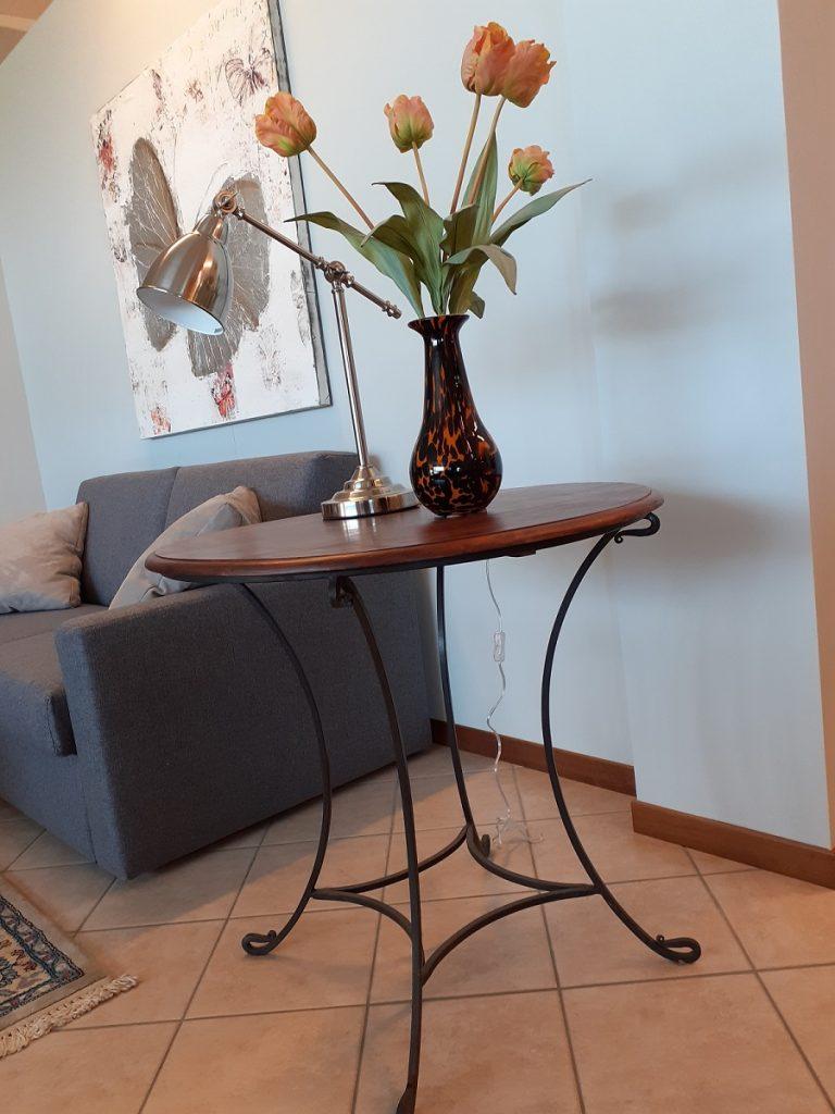 Tavolino legno e ferro